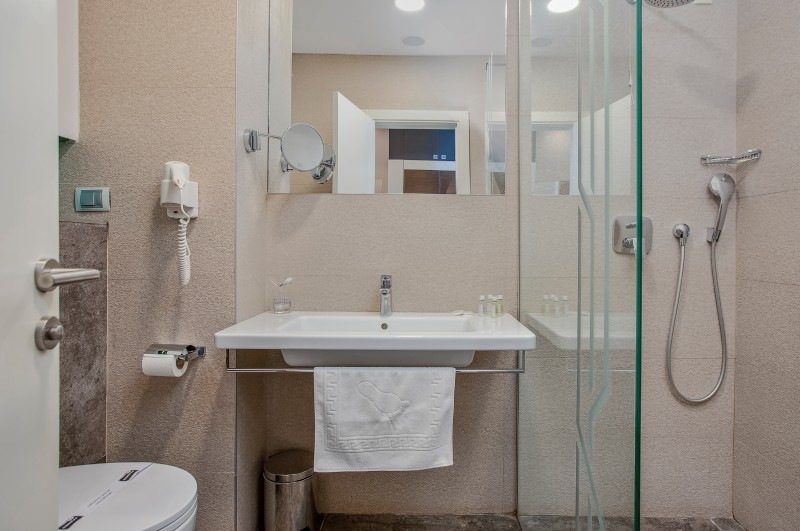 luxury bathroom hotel bracera budva