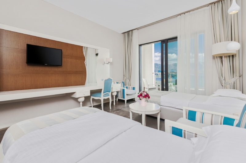 luxury room with king size bed hotel bracera budva